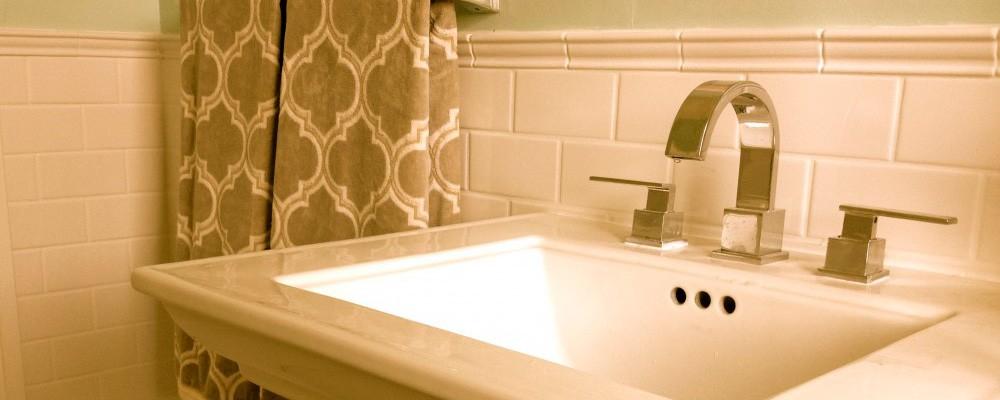 Bath remodel portland or custom bath design bathroom for Bathroom remodeling portland or